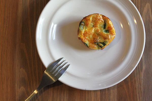 Make-ahead gluten-free spinach breakfast bites
