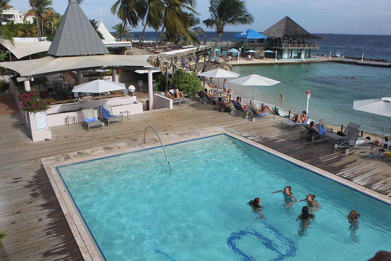 Infinity pool at the Avila Hotel, Curacao