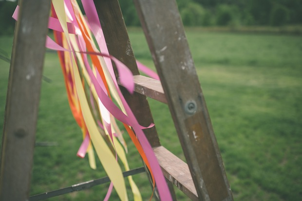 DIY ribbon wedding backdrop / Love + Perry Photography